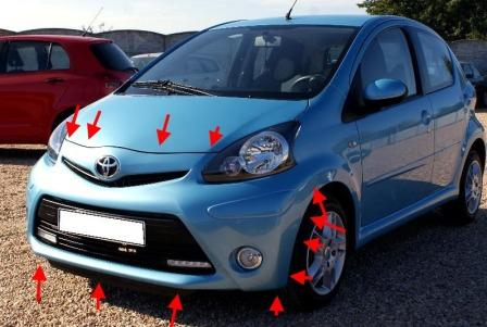 the attachment of the front bumper Toyota Aygo